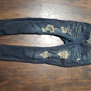 Destresed jeans